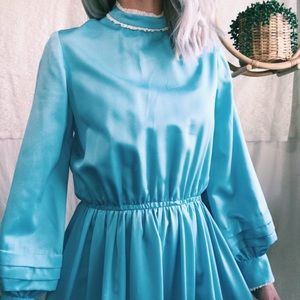 Vintage floor length baby blue Victorian dress💙